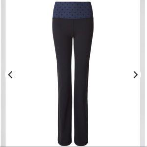 Lululemon Groove Pant Tight Black with navy dot
